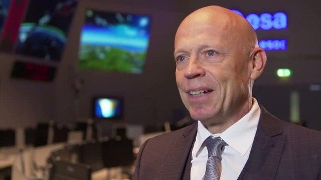 Avrupa Uzay Ajansı'nın operasyon direktörü Rolf Densing