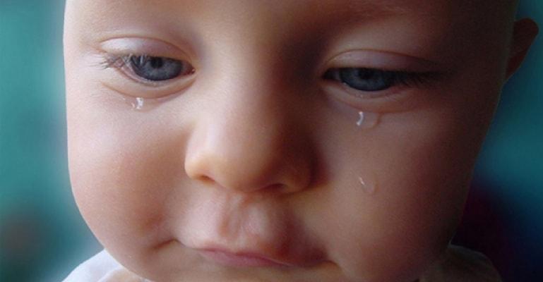 bebeklerde gözyaşı
